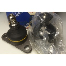 2 Lower ball joints DAF 890494