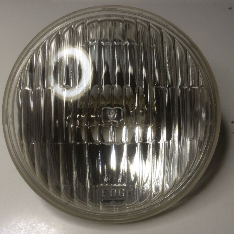 Sealed beam #4015